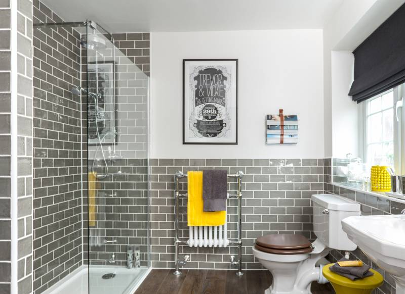Refresh and revitalise your bathroom with glamorous tiles for Bathroom ideas yellow tile