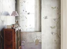 Traditional Dressing Room with Exotic Mural and Silk Fabric Blind
