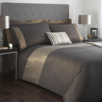 J by Jasper Conran Cavendish bed linen