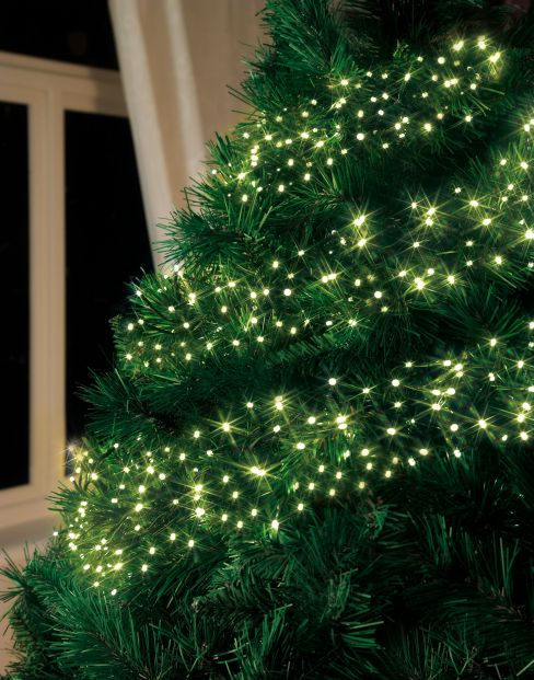 Linea 960 Warm White LED Clustered Christmas Lights