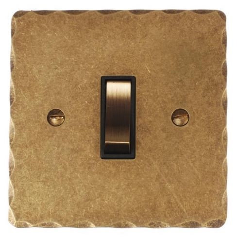 1-gang Grid Switch Antiqued Brass Hammered Plate