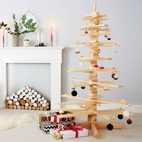 Alternative Wooden Christmas Tree