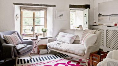 Neutral Country Living Room with Pink Rug