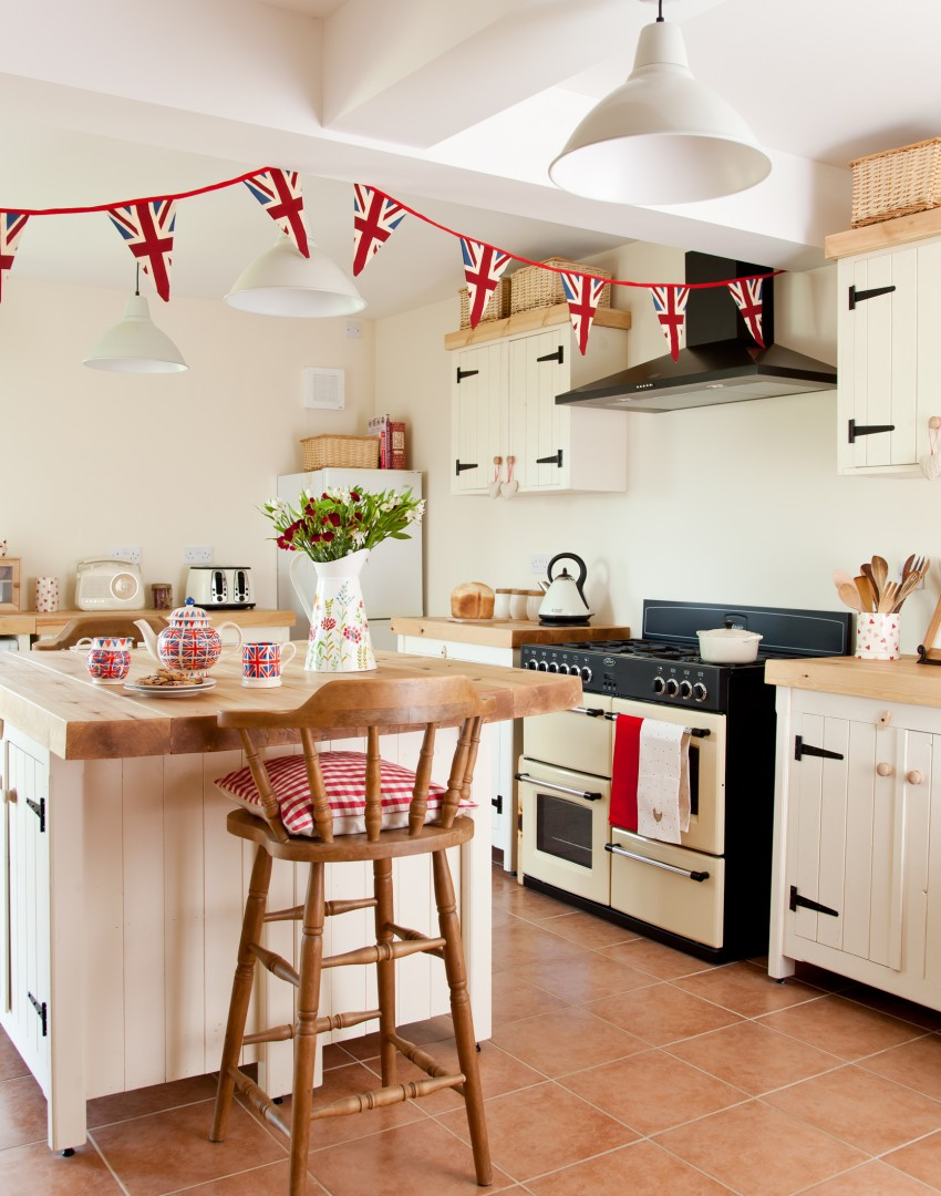 Country Kitchen Accessories Try These Budget Tricks For Super Stylish Kitchens The Room Edit