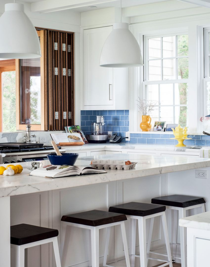 Modern Kitchen-diner with Blue Metro Tiles