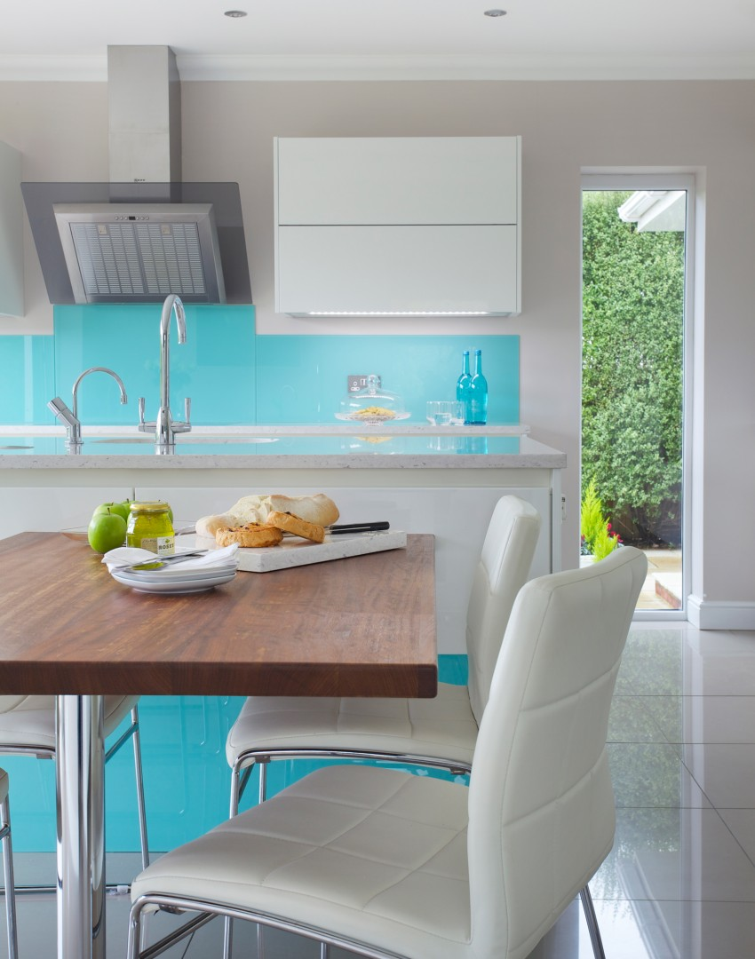 Revive Your Kitchen With A Show Stopping Splashback The