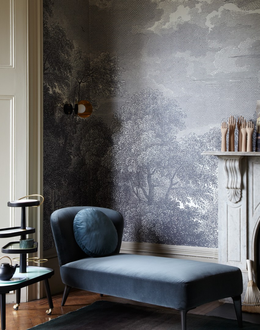 Modern Living Room With Blue Velvet Chaise And Pictorial Mural Part 42