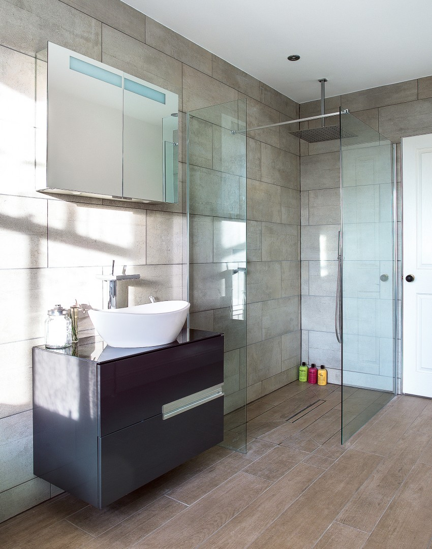 Modern Bathroom with Walk-in Shower