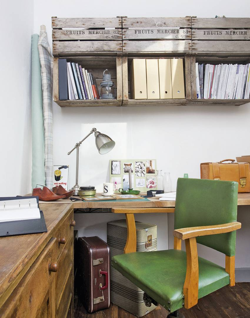 Vintage-style Home Office with Wooden Crate Shelving