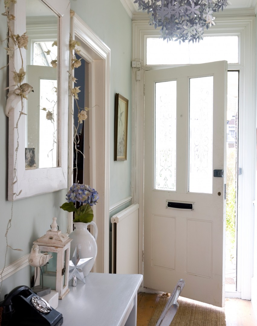 Beautiful Small Hallway Furniture Ideas Part - 7: Pale Green Hallway With Silver Floral Chandelier