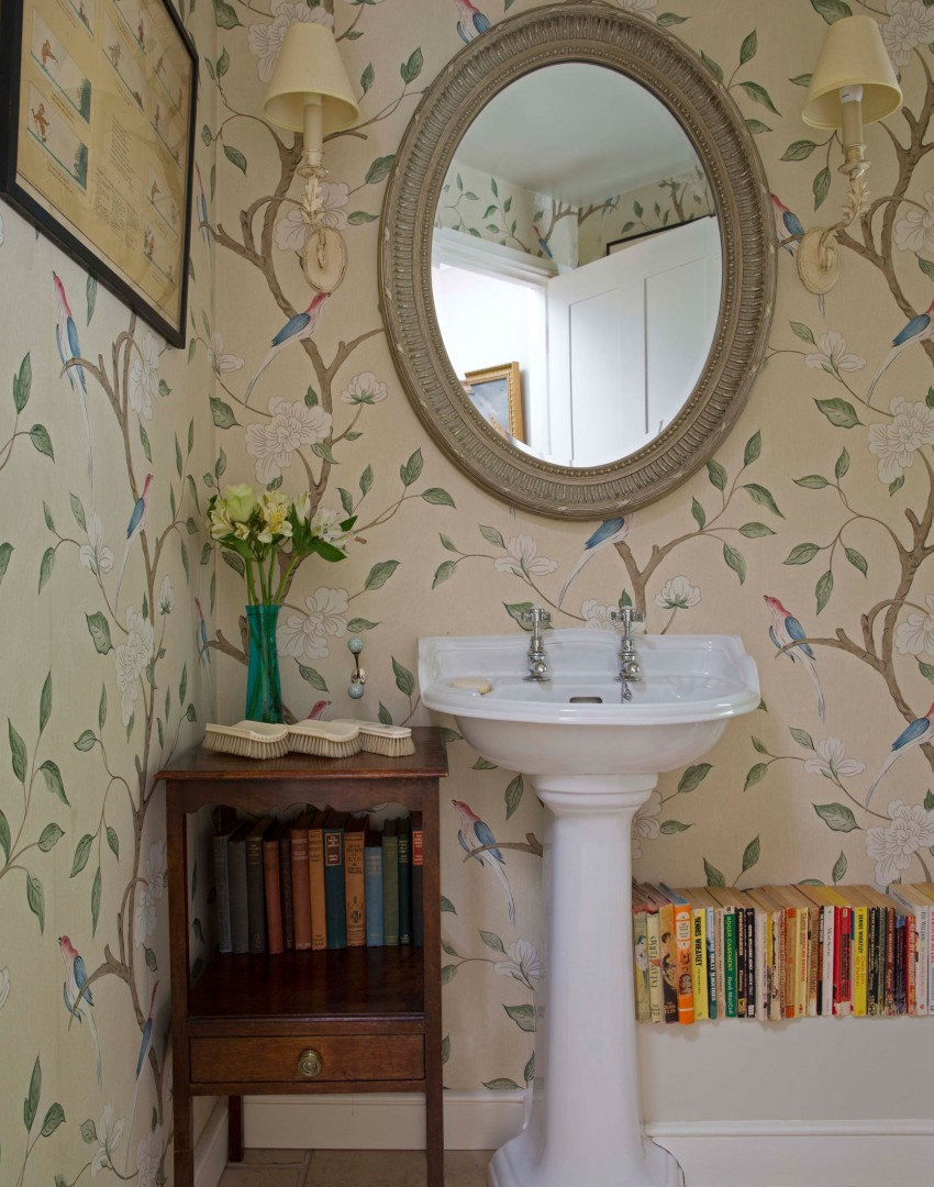 Traditional bathroom with botanical wallpaper