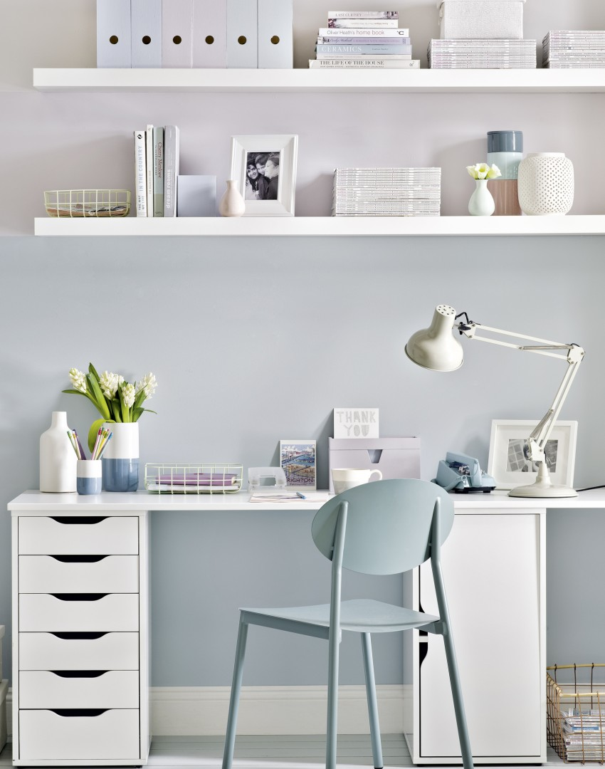 Modern Home Office with Pastel Walls