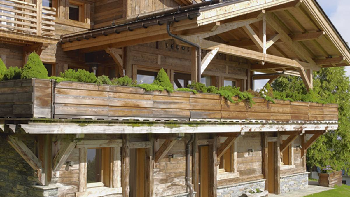 Wander through a gorgeous wooden chalet in the alps the for Wanders chalet