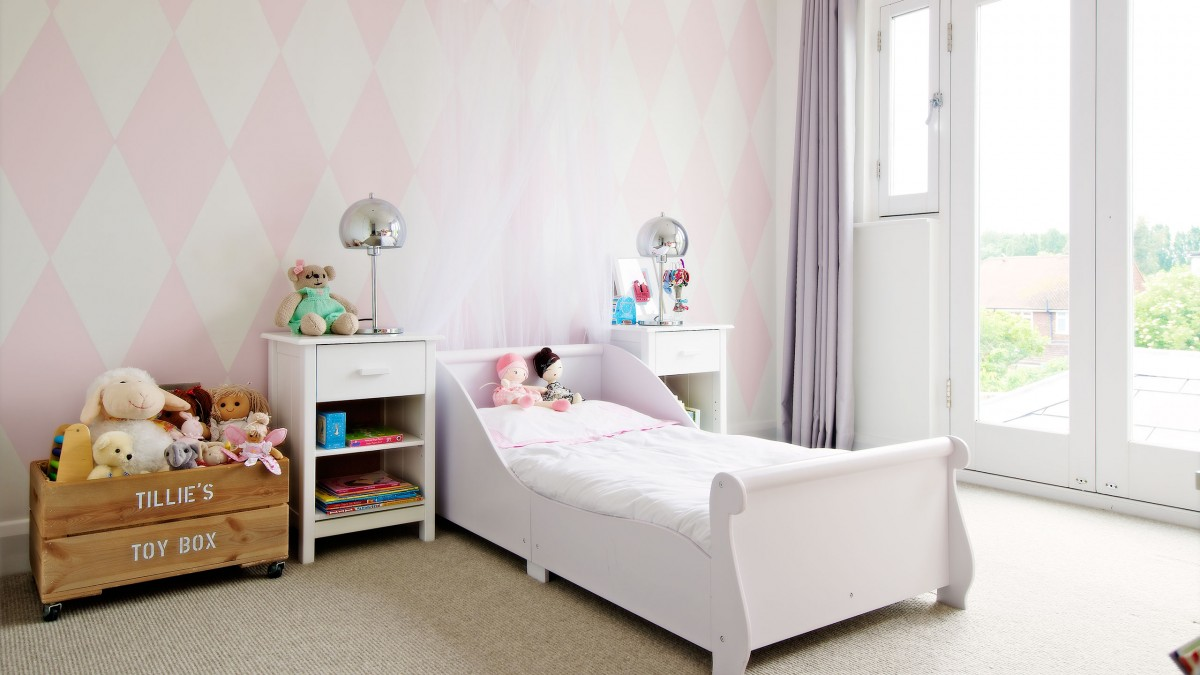 Make Your Child S Room Awesome On The Smallest Of Budgets