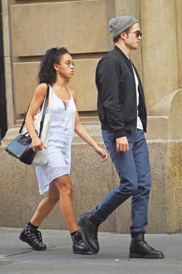 FKA Twigs and Robert Pattinson have to be one of the coolest celebrity couples ever, right?