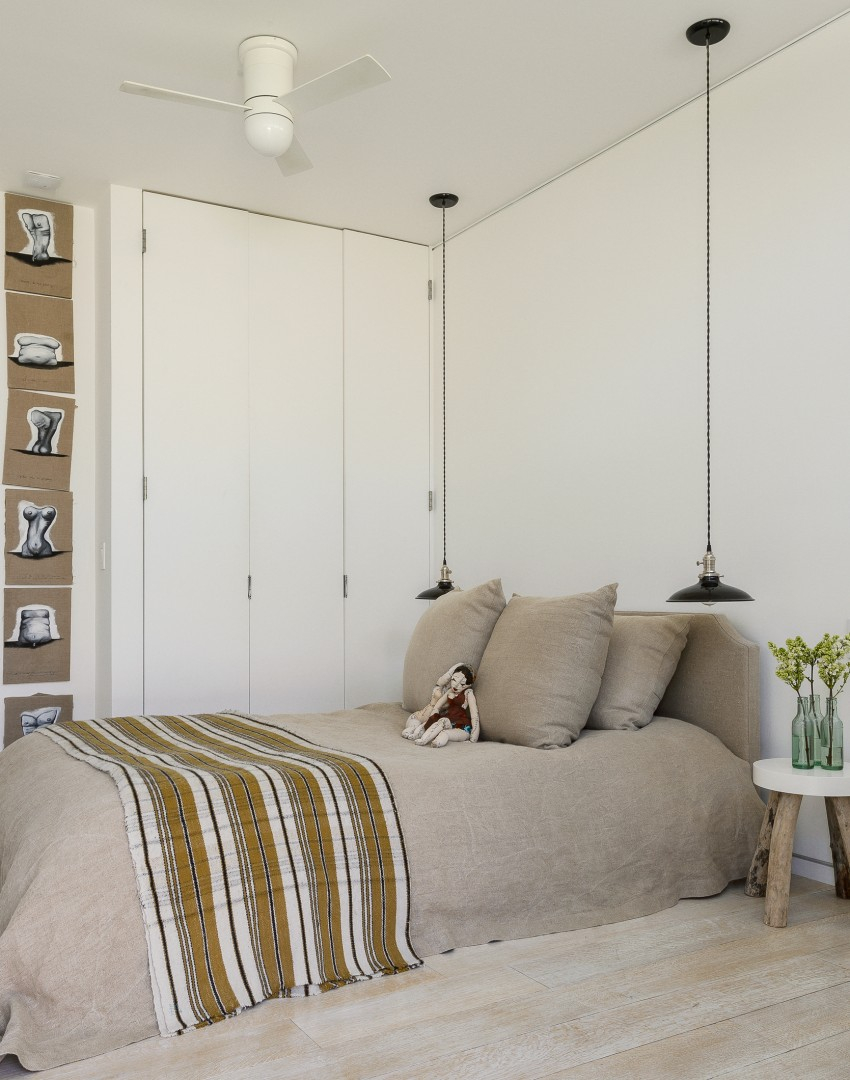 neutral bedroom design scheme presenting large   Merge Contemporary and Country Style to Create a Modern ...